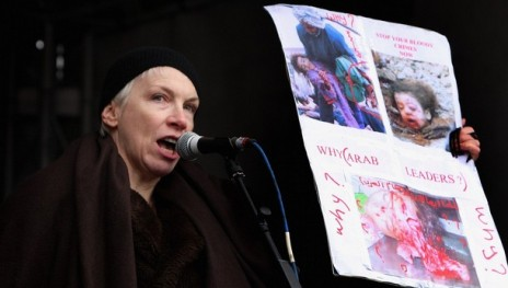Annie Lennox condemns Israel and challenges Arab Governments on their silence- Is she an Extremist?