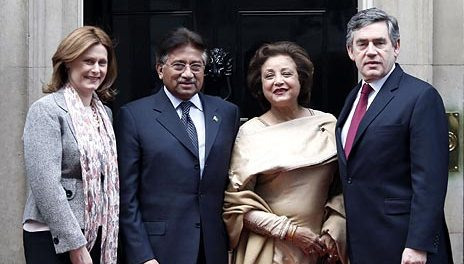 Musharraf and Brown- One big happy family
