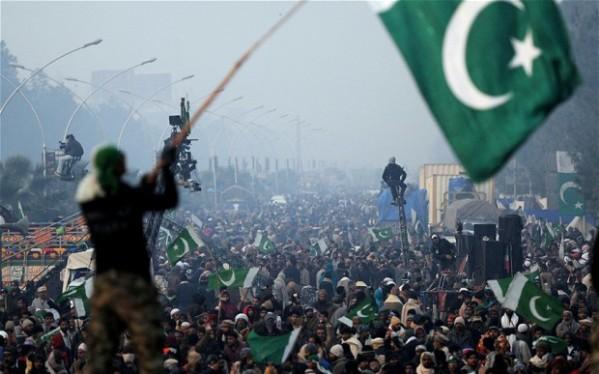 pakistan-protest_2453398b